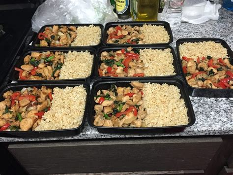 First time meal prepping: Stir fry chicken breast with red