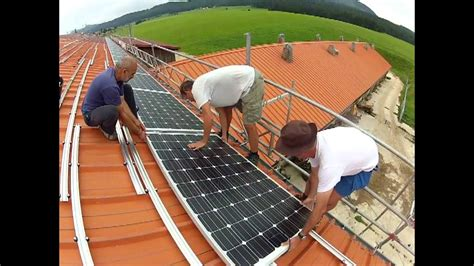 Installation panneaux solaires - YouTube