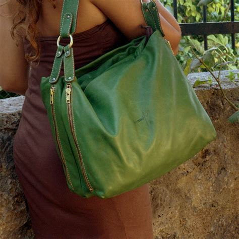 Handmade Leather Bags and Accessories - Iyiami website