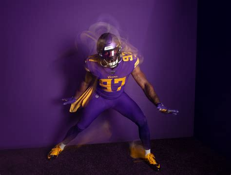 Vikings to wear all-purple uniforms for 6th time in team