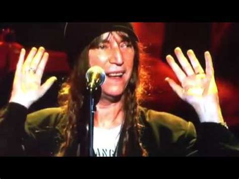 """Patti Smith sings """" Because the Night"""" on Springsteen"""