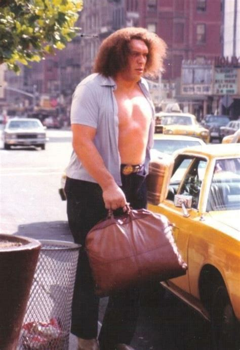 Andre The Giant Catching A Cab (70s) | Andre the giant