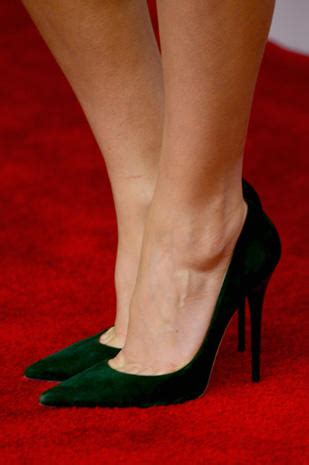 Reese Witherspoon - Famous feet: High heels on the red
